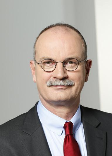 Axel Salzmann.