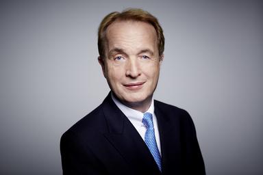 Robert Schmidt.