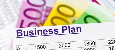 Wer sich für das Förderprogramm You is now bewerben möchte, sollte sich am Anfang der Gründungsphase befinden, aber schon einen Businessplan haben.