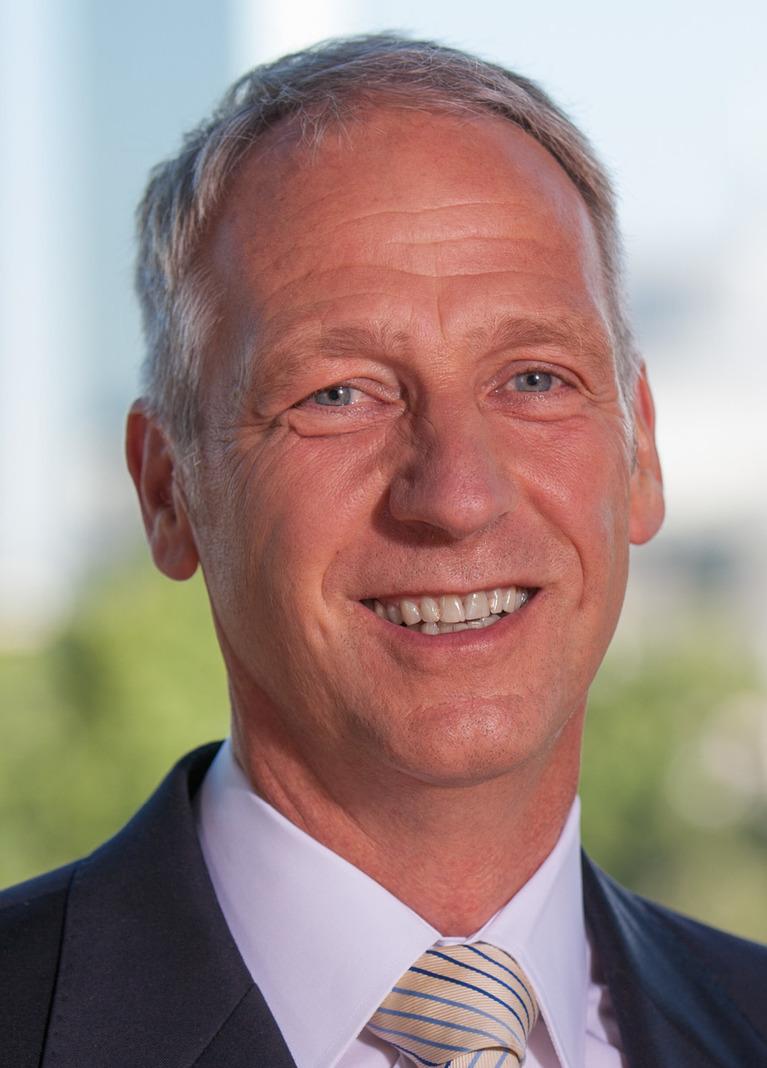 Dr. Thomas Hain.