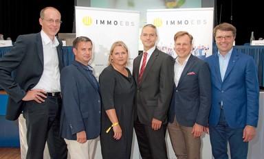 Der Immoebs-Vorstand (v.l.n.r.): Fred Siebken, Ralf Pilger, Bianca Bender, Hermann Maier, Jörg Philippsen und Jörg Lammersen. Es fehlt Jan Schöniger.