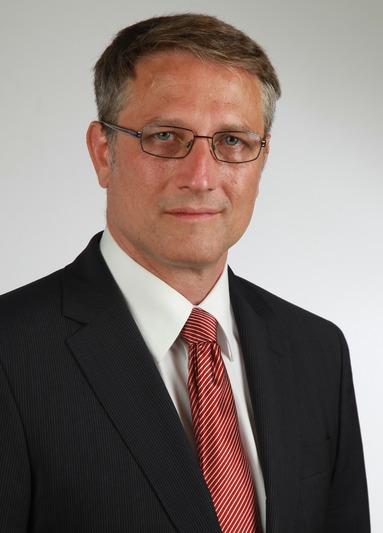 Wolfgang Beck.
