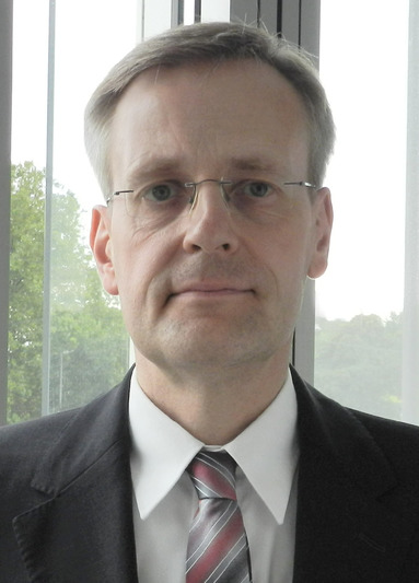 Dr. Andri Eglitis.