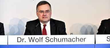 Wolf Schumacher bei der Präsentation der Jahreszahlen 2014.
