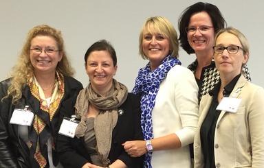 Der neue Vorstand (v.l.n.r.):  Jovita Galster-Döring, Birgit Schaarschmidt, Christine Hager, Cornelia Eisenbacher und Stefanie Risse.