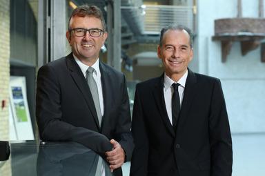 Die beiden ISB-Vorstände Ulrich Dexheimer (l.) und Dr. Ulrich Link.