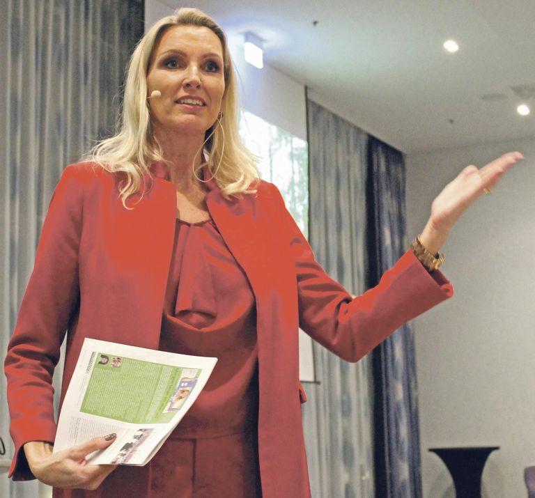 """Wie das """"Ich"""" zur Marke wird, erklärte die Expertin für Markenführung Andrea Och. Für den Erfolg seien Selbstmarketing und Beziehungen wichtiger als Leistung."""
