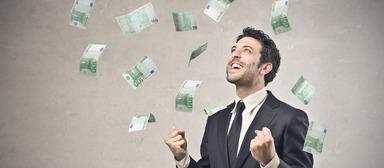 Geldsegen: Die Gehälter von Führungs- und Fachkräften in der Immobilienwirtschaft dürften 2016 spürbar wachsen.