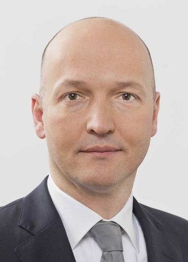 Dr. Marcel Crommen.