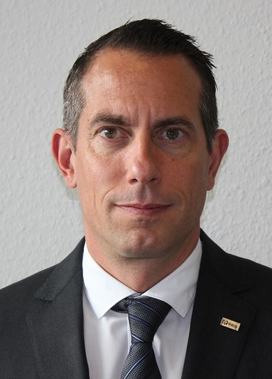 Oliver Keller.