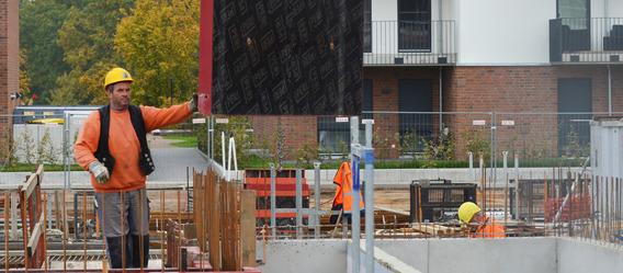 In Lüneburg kosten neue Eigentumswohnungen nach LBS-Zahlen im Mittel 3.084 Euro/qm - gut 40% mehr als 2011. Bild: ff