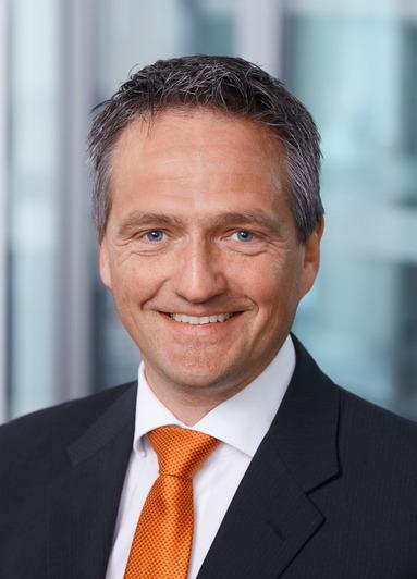 Georg Fronja.