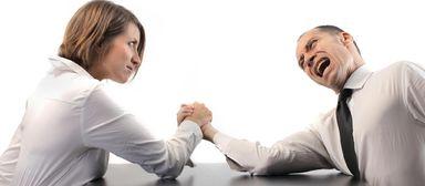 Nicht nur harte Argumente, auch Soft Skills können in Verhandlungen mit zum Erfolg führen.
