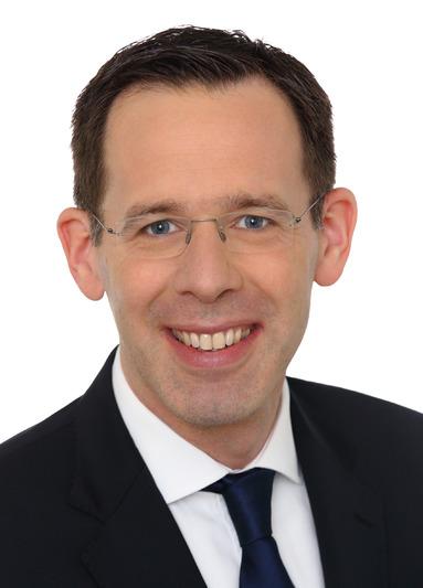Dr. Fabian Böhm.