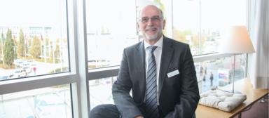Bernhard Berg, Geschäftsführer der Hannover Leasing Investment, scheidet bei der Fondstochter der Landesbank Hessen-Thüringen (Helaba) Ende des Monats aus.
