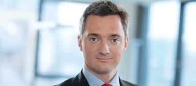 Rolf Elgeti hat sich über seine Firma Obotritia Capital eine Bank gekauft.