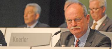 Bilfinger-Finanzvorstand und Interims-CEO Axel Salzmann musste sich auf der Hauptversammlung viel Kritik von Aktionären anhören.