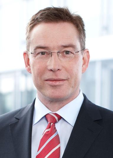 Dr. Bernhard Scholz.