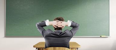 Tabula rasa: Welche Themen bei einer Sachkundeprüfung von Maklern und WEG-Verwaltern abgefragt werden, steht noch nicht fest.