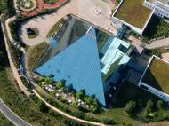 Bild: Hotel-Pyramide
