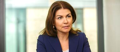 Izabela Danner, Head of Human Resources von JLL in Frankfurt, gehört dem deutschen Management Board des Immobiliendienstleisters an.