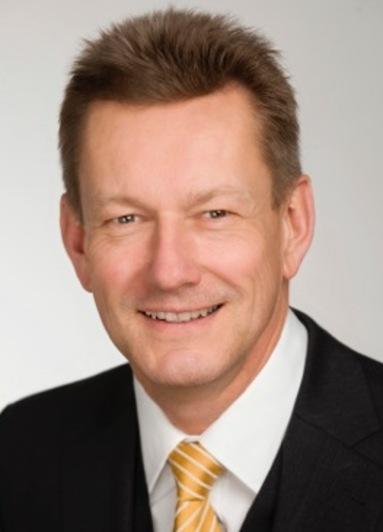 Prof. Carl Heinz Daube.