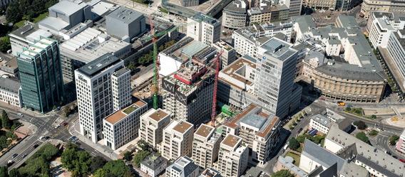 "Bild: ""MainTor – The Riverside Financial District"""