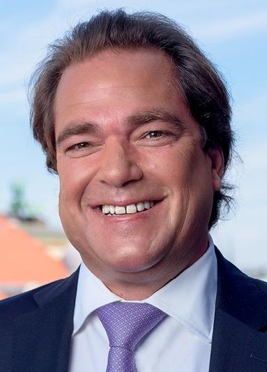 Rolf Schneider.