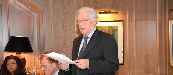 Hans-Hartwig Loewenstein, Präsident des Zentralverbands des Deutschen Baugewerbes, fordert mehr Wohnungsbau. Bild: zdb