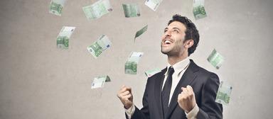 Führungskräfte in der Wohnungswirtschaft verdienen zwar mit Abstand weniger als in der Versicherungsbranche oder im Handel, ihnen flattern am Gehaltstag aber viel mehr Geldscheine entgegen als ihren Pendants in der Bauwirtschaft.