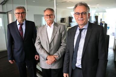 Gestatten, der neue DFH-Vorstand: Hermann Wüst, Eigentümer Siegfried Kaske und Bernhard Scholtes (v.l.n.r.).