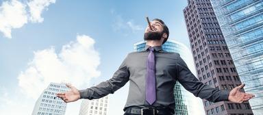 Für Gewerbemakler läuft es derzeit rund. Das Geschäft brummt, gute Leute sind gefragt, und so sind die Gehaltsaussichten bestens.