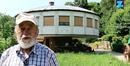 Italiener baut drehendes Pilz-Haus