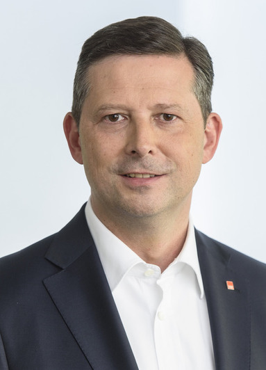 Jürgen Albert Junker.