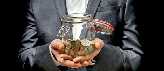 Ist das Glas nun halb voll oder halb leer?  Bild: andriano_cz/Fotolia.com