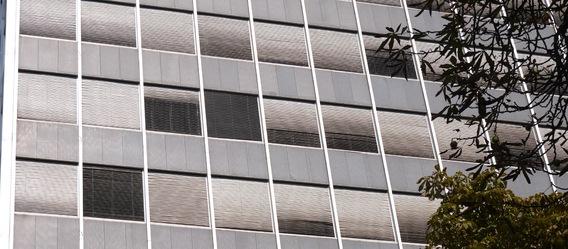Auch ganz normale Bürohäuser finden wieder Interessenten, Hauptsache, sie befinden sich in einer Großstadt wie Frankfurt. Bild: mol