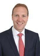 JLL: Abel gibt Leitung des Büroteams an Martin Becker ab