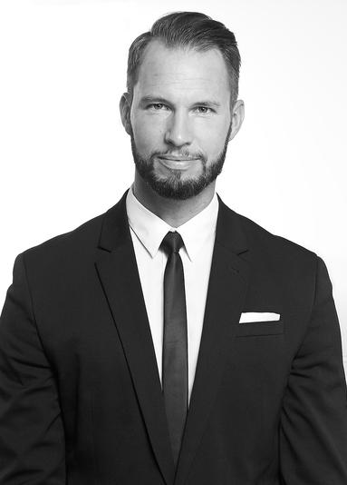 Michael Henn.