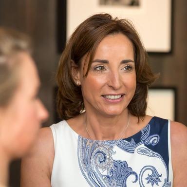 Caren Rothmann ist Mitglied der Frauen in der Immobilienwirtschaft und des VdU Verband deutscher Unternehmerinnen.