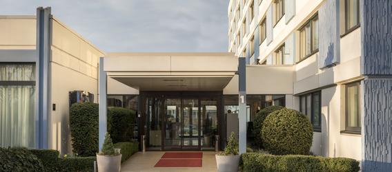 "Quelle: <a href=""https://creativecommons.org/licenses/by/3.0/"">Mercure Hotel Mannheim am Friedensplatz</a>"