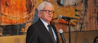Bernd Heuer ist am 28. Juli 2017 gestorben.