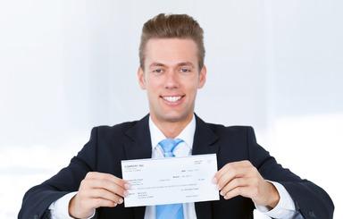 Was der erste Gehaltsscheck eines Betriebswirts in der Bau- oder Immobilienbranche zeigt, ist nicht nur von seinem Studienabschluss abhängig.