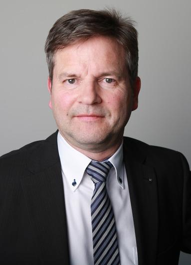 Burkhard Schmütz.
