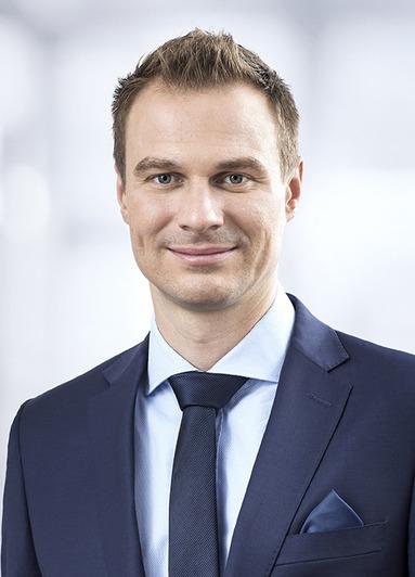 Nikolai Schmidt.
