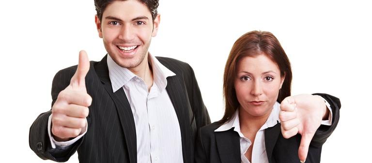 Die Meinungen der Studenten über die potenziellen Arbeitgeber sind oft gegensätzlich. Ein einziger negativer Kontakt kann reichen, z.B. auf einer Karrieremesse, um das Unternehmen bei den Kandidaten auf die Abschussliste zu setzen.