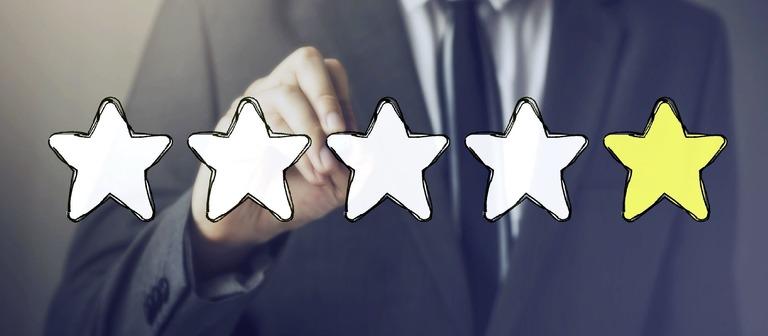 Bewerten Mitarbeiter Qualitäten ihres Arbeitgebers nur mit einem Stern, ist das nicht gut. Bewerber sollten allerdings zweimal hinschauen, bevor sie das Unternehmen meiden.
