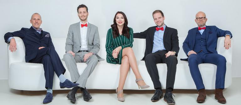 Gruppenbild mit Dame: Karina Ilaew inmitten von Thomas Kunz, Marco Ziegler, Jan Kampmann und Roland Schulze (v.l.n.r.).