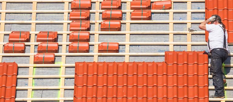 Bauunternehmen macht der Fachkräftemangel im Branchenvergleich am meisten zu schaffen. Baufacharbeiter sind auf dem Arbeitsmarkt ein besonders seltenes Gut.