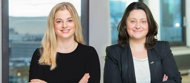Monika Nusche-Kubetzki (links) und Dorota Dobrzyńska sollen Händler aus aller Welt nach Deutschland holen.