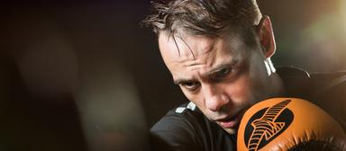 Sebastian Wirbals, Personalleiter der List-Gruppe, schaltet beim Thai-Boxen von seinem stressigen Job ab.